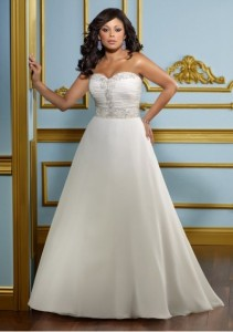 chiffon-sweetheart-strapless-neckline-delicate-beaded-motif-bodice-and-covered-button-back-a-line-style-2012-plus-size-wedding-dress-wp-0063