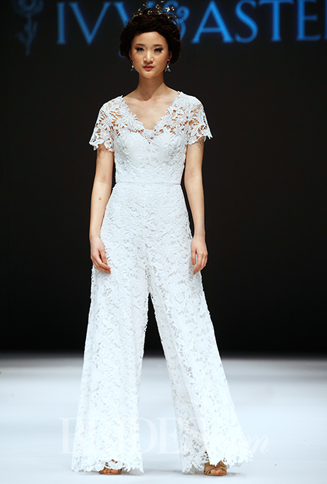 ivy-and-aster-wedding-dresses-fall-2015-019