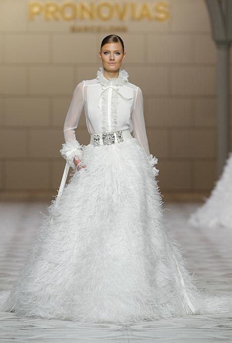 pronovias-wedding-dresses-fall-2015-048